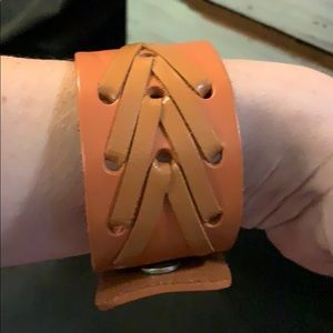 Brown leather Snap Wrap